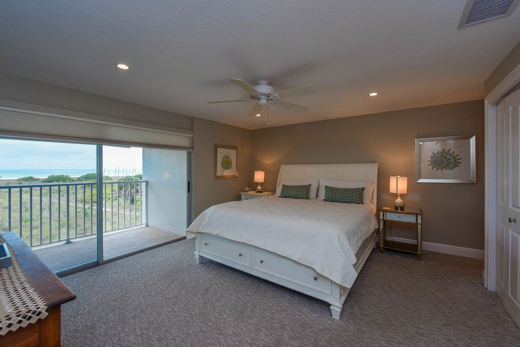 Penthouse: Bedroom